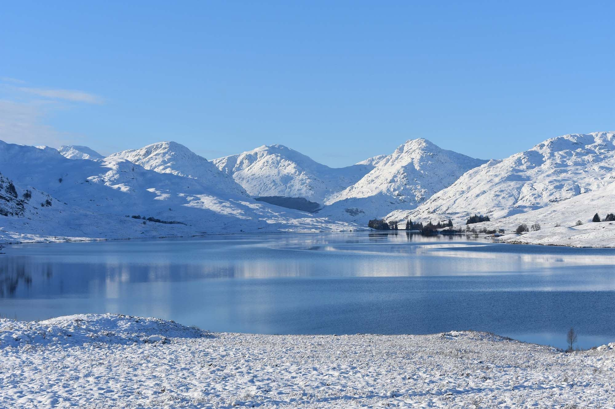 The scottish landscape is perfect for skiing