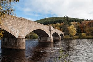Self-catering accommodation near Ballater bridge