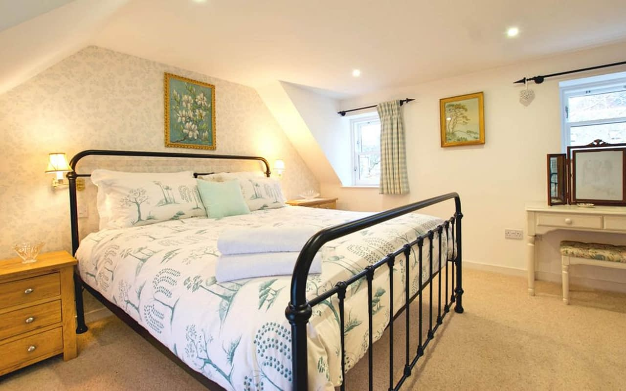 Bedrom in self-catering accommodation in Ballater